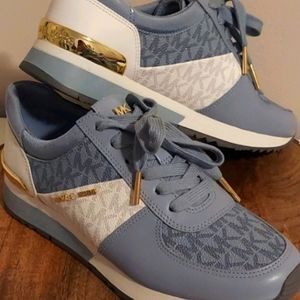 Micheal Kors Woman Sneakers Brand New